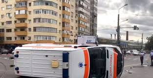 An ambulance RETURNED last night in the center of Cluj