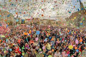 VIDEO Tens of thousands of people participated, in Cluj Napoca, in the colorful parade organized by the Days of the City